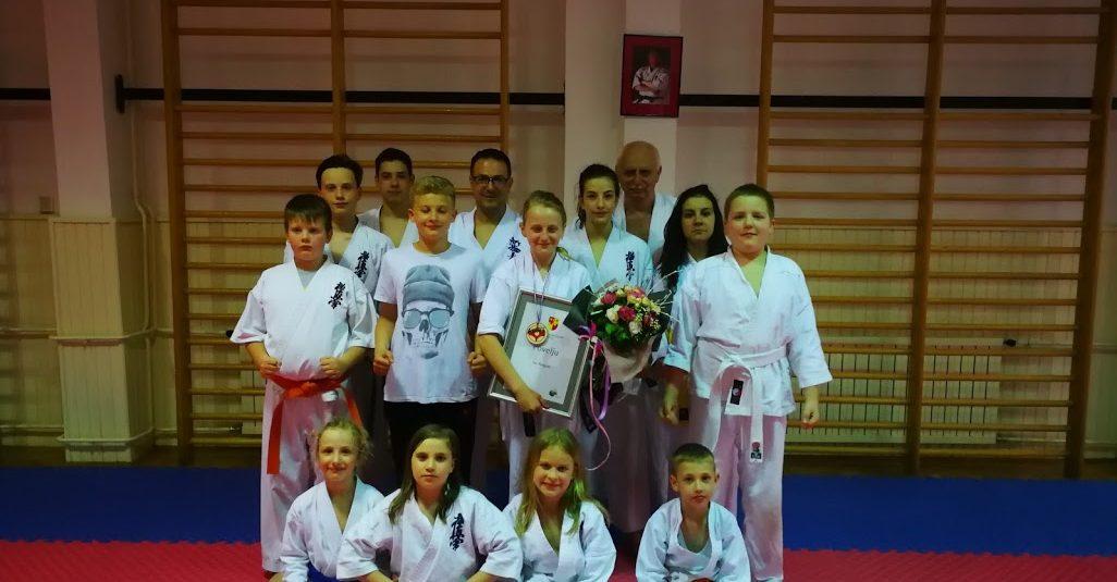 Nagrada karateki karate kluba Zaprešić